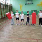 gimnastya uczniów